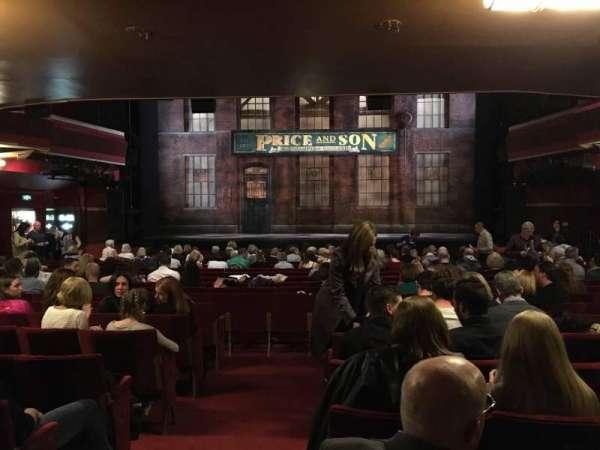 Adelphi Theatre, secção: Stalls, fila: S, lugar: 18