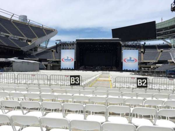 Soldier Field, secção: C3, fila: 8, lugar: 11