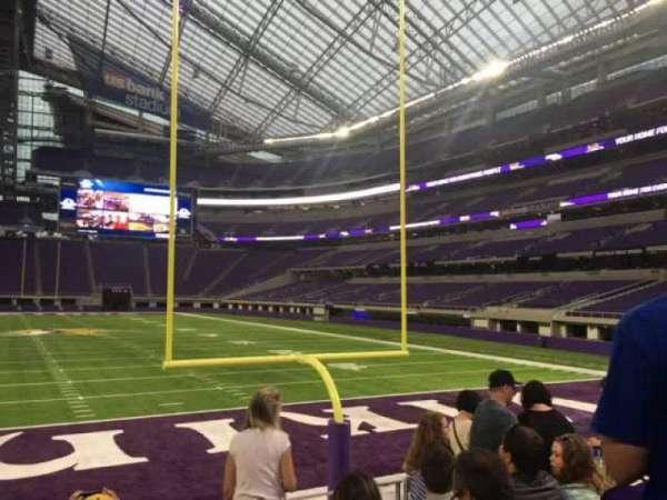 U.S. Bank Stadium, secção: 142, fila: 5, lugar: 12