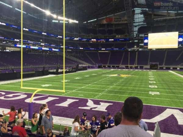 U.S. Bank Stadium, secção: 141, fila: 9, lugar: 1