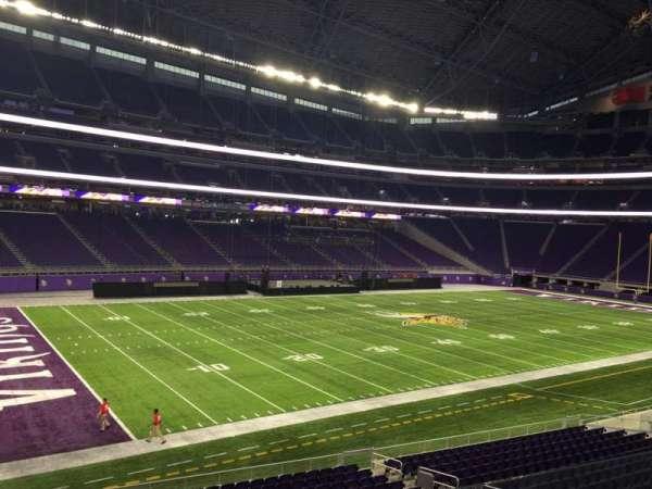 U.S. Bank Stadium, secção: 135, fila: 1, lugar: 9
