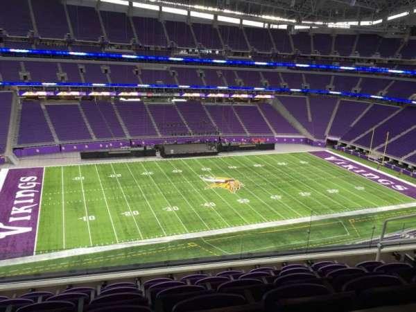 U.S. Bank Stadium, secção: 344, fila: Acc