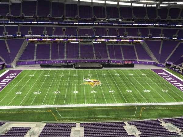 U.S. Bank Stadium, secção: 341, fila: B, lugar: 33