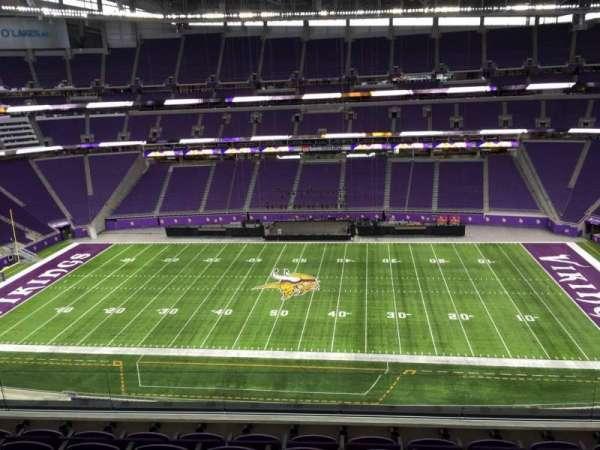 U.S. Bank Stadium, secção: 340, fila: E, lugar: 21