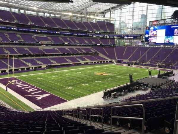 U.S. Bank Stadium, secção: 114, fila: 41, lugar: 2