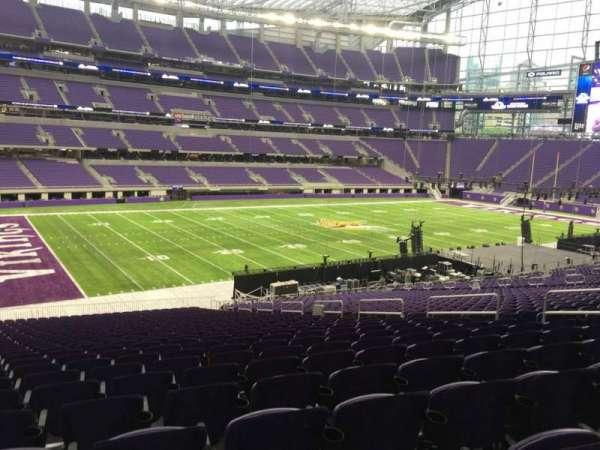 U.S. Bank Stadium, secção: 113, fila: 37, lugar: 11