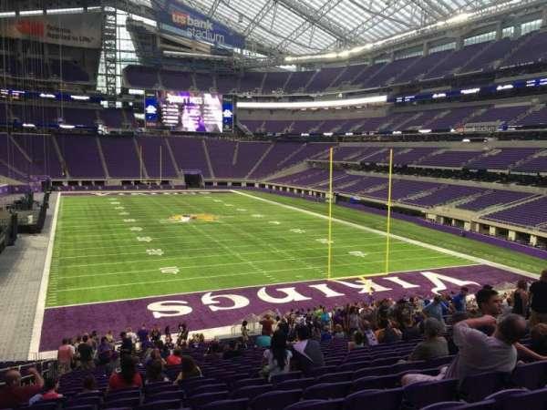 U.S. Bank Stadium, secção: 143, fila: 31, lugar: 20