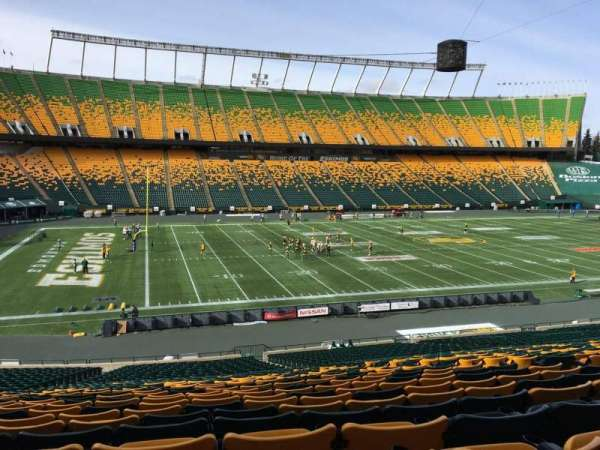 Commonwealth Stadium (Edmonton), secção: Y, fila: 35, lugar: 10