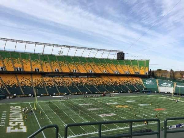 Commonwealth Stadium (Edmonton), secção: Y, fila: 49, lugar: 1