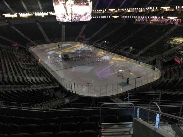 T-Mobile Arena, secção: 118, fila: G, lugar: 13