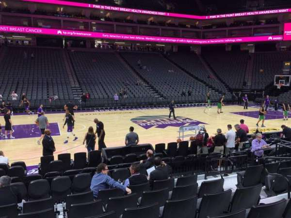 Golden 1 Center, secção: 108, fila: Ff, lugar: 7