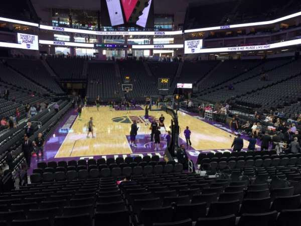 Golden 1 Center, secção: 114, fila: F, lugar: 10