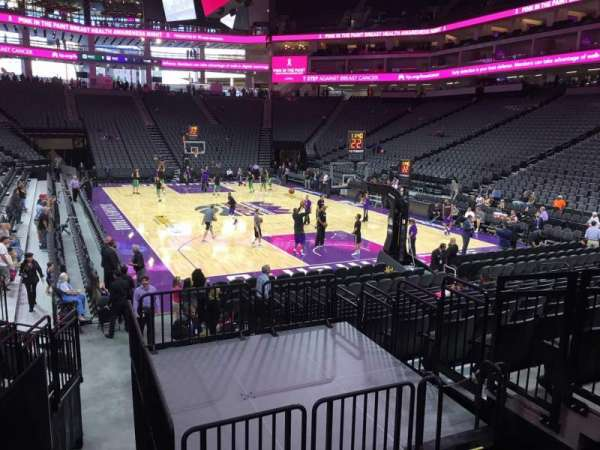 Golden 1 Center, secção: 115, fila: G, lugar: 5
