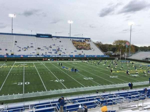 Delaware Stadium, secção: E, fila: P, lugar: 18