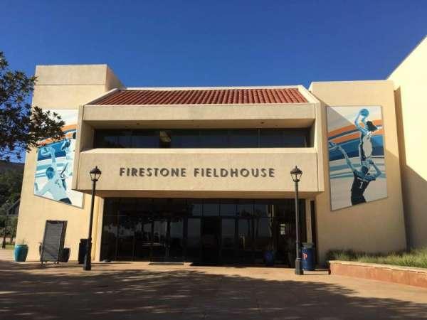Firestone Fieldhouse, secção: Outside