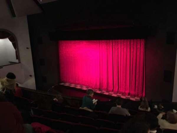 Walnut Street Theatre, secção: Mez R, fila: H, lugar: 308