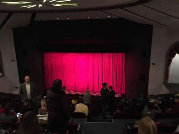 Walnut Street Theatre, secção: Mez R, fila: M, lugar: 301