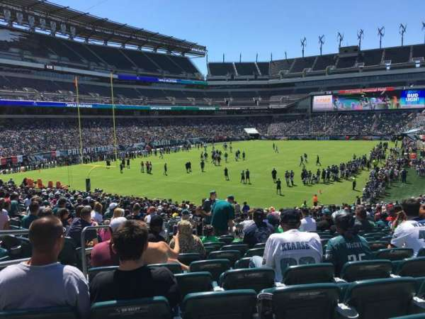 Lincoln Financial Field, secção: 132, fila: 28, lugar: 20