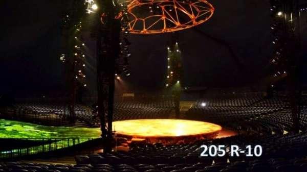 Cirque Du Soleil - Totem, secção: 205, fila: R, lugar: 10