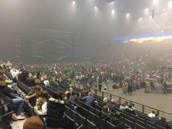 AccorHotels Arena, secção: R, fila: 17, lugar: 12