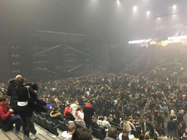 AccorHotels Arena, secção: P, fila: 12, lugar: 15