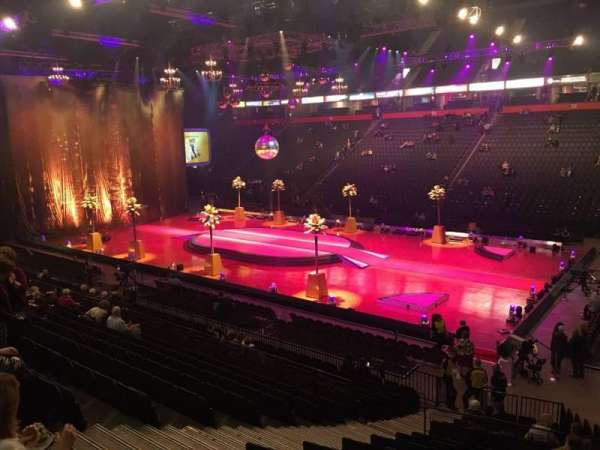 Manchester Arena, secção: 105, fila: S, lugar: 7