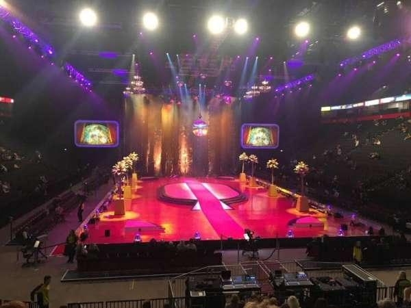 Manchester Arena, secção: 108, fila: N, lugar: 8