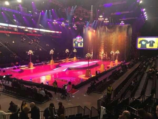 Manchester Arena, secção: 111, fila: L, lugar: 5