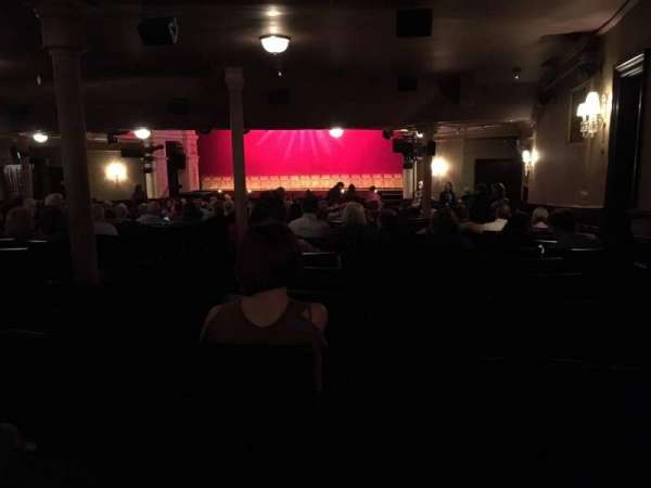 Garrick Theatre, secção: Stalls, fila: X, lugar: 2