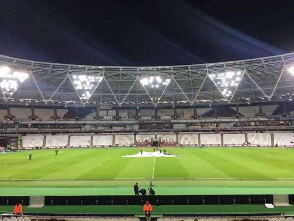 London Stadium, secção: 136, fila: 24, lugar: 258