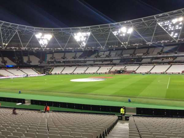 London Stadium, secção: 139, fila: 24, lugar: 183