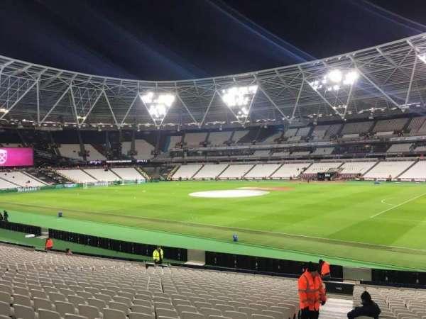 London Stadium, secção: 140, fila: 24, lugar: 158