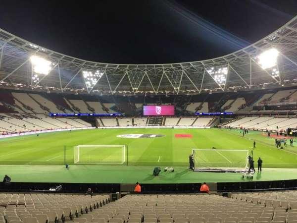 London Stadium, secção: 152, fila: 22