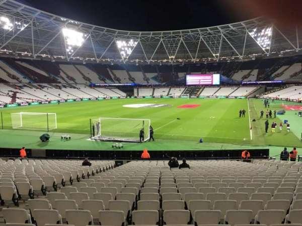 London Stadium, secção: 154, fila: 22