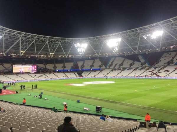 London Stadium, secção: 114, fila: 23