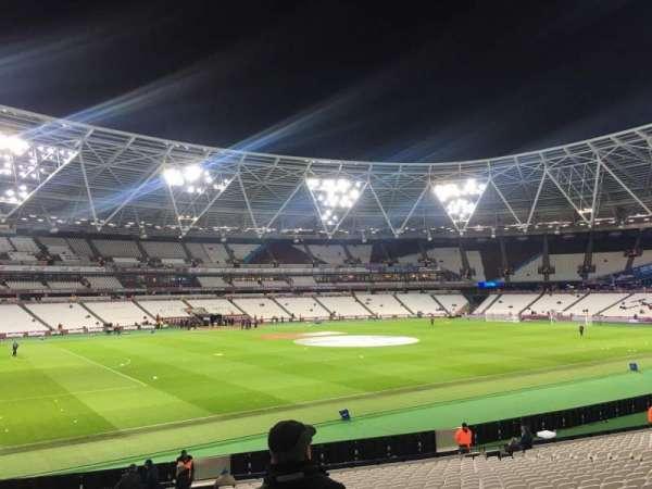 London Stadium, secção: 132, fila: 25