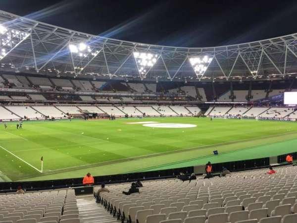 London Stadium, secção: 131, fila: 25