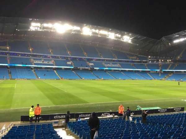 Etihad Stadium (Manchester), secção: 131, fila: U, lugar: 820