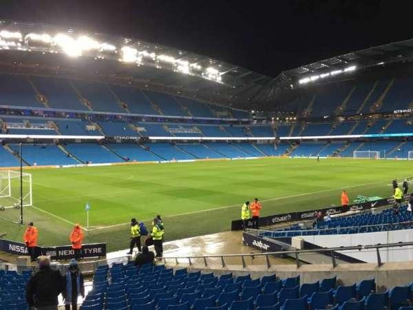 Etihad Stadium (Manchester), secção: 132, fila: T, lugar: 855