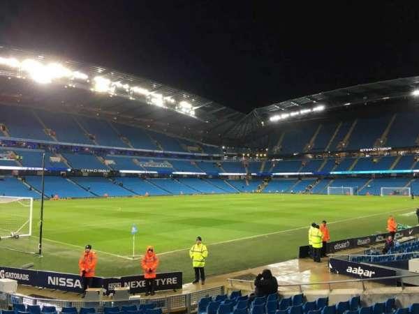 Etihad Stadium (Manchester), secção: 132, fila: M, lugar: 870