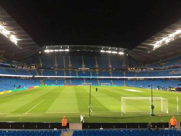 Etihad Stadium (Manchester), secção: 138, fila: X, lugar: 1050