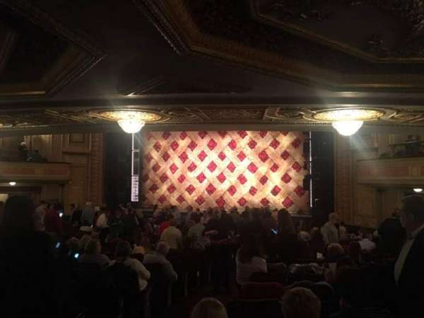Forrest Theatre, secção: Orchestra D, fila: Y, lugar: 4