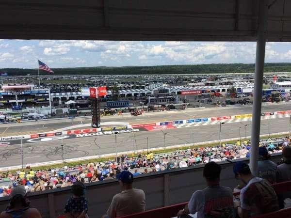 Pocono Raceway, secção: 323, fila: D, lugar: 9