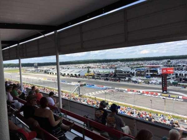 Pocono Raceway, secção: 320, fila: D, lugar: 3
