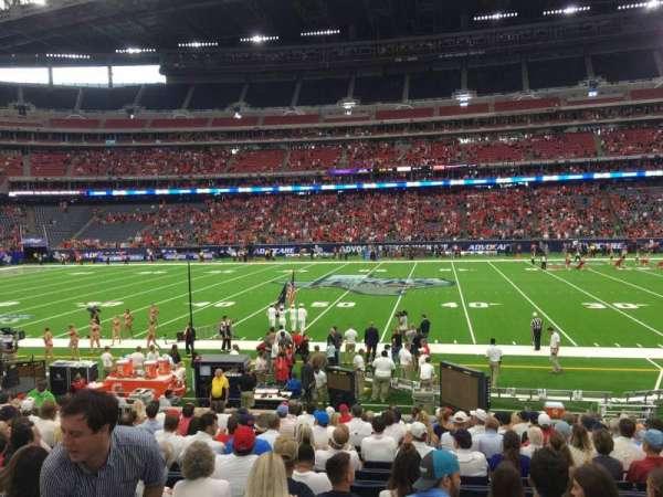 NRG Stadium, secção: 106, fila: Q, lugar: 8