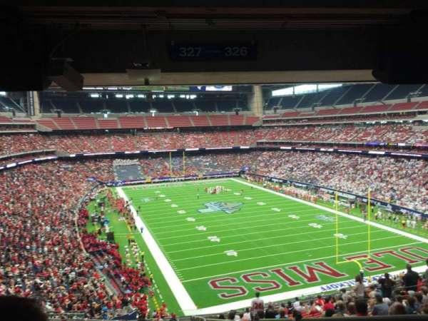 NRG Stadium, secção: 327, fila: V, lugar: 1