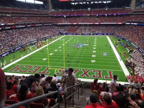 NRG Stadium, secção: 350, fila: P, lugar: 24
