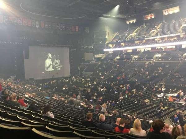 Nationwide Arena, secção: 112, fila: Y, lugar: 4