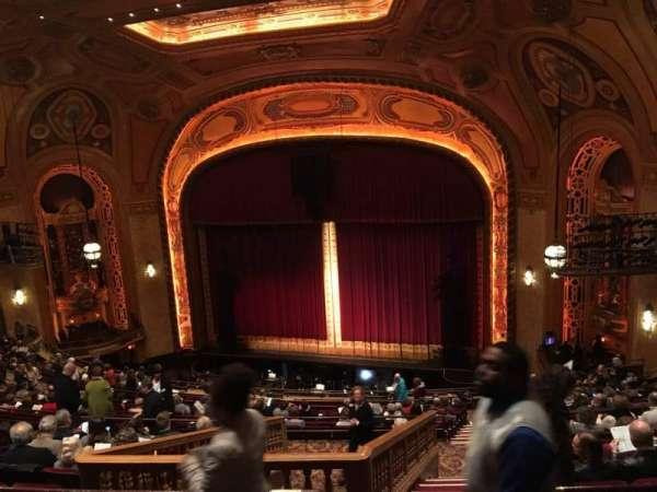 Shea's Buffalo, secção: Balcony 2, fila: R, lugar: 26