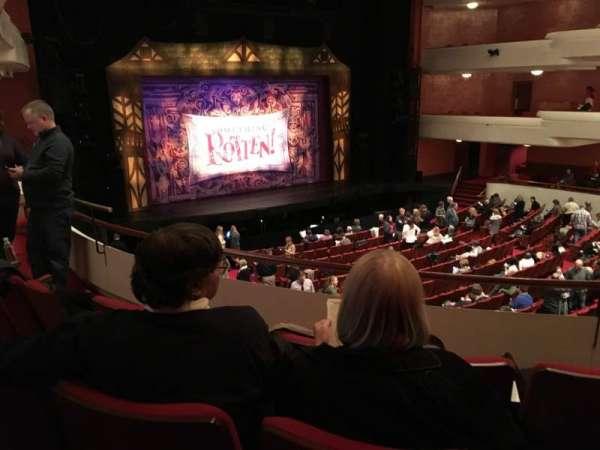 Fox Cities Performing Arts Center, secção: Dress Circle, fila: B, lugar: 218